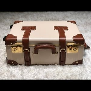 Steamline Luggage *** The Diplomat ***